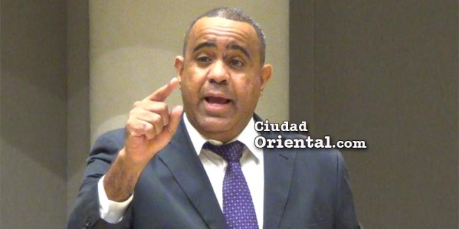 Regidor Danilo Mesa
