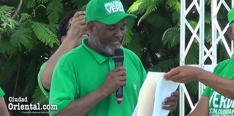Dirigente que leyó manifiesto Marcha Verde de Azua padece extraño accidente