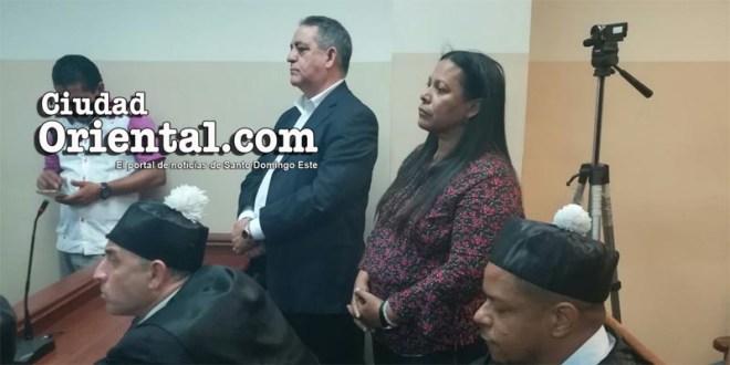 El ex alcalde Félix Manuel Rodríguez Grullón y ex Tesorera del Ayuntamiento, Fiordaliza Genao.