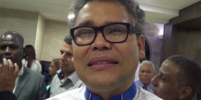 Carlos Peña llega a SDE con su discurso cargado de desafíos + Vídeo