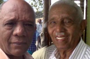 Fernando Peña (i) y su padre Eduardo Peña.