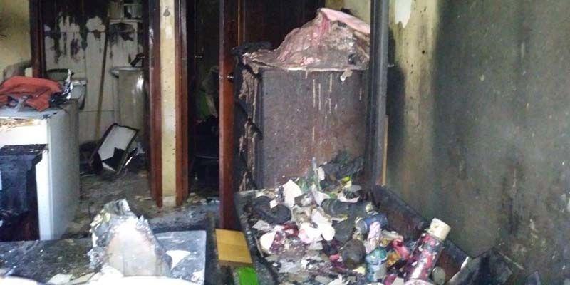 Fuego arrasa apartamento en Ciudad Juan Bosch; denuncia vicios de construcción +Fotos + Audio