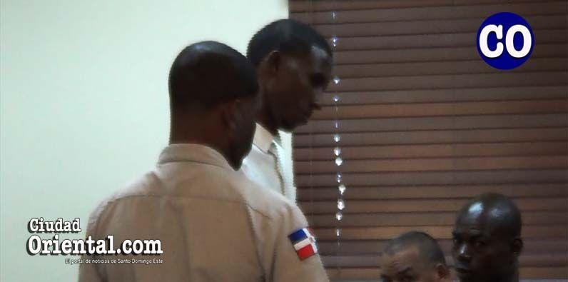Liberado hombre tenía casi dos años preso acusado de robar gallos