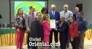 Directivos de COOPTAVERAS reciben decreto de incorporación