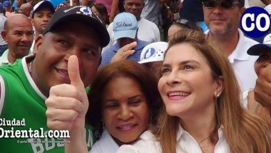 Photo of Entusiasmo de Carolina Mejía no logra opacar impacto baja asistencia a parada cívica