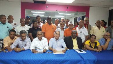 Photo of Corriente de Luis Abinader en SDE rechaza designaciones de nuevas autoridades ocho regiones del PRM