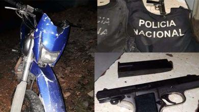 Photo of Arrestados dos falsos policías con pistolas y chalecos anti balas en la carretera Mella