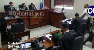 El tribunal, al momento de dictar la sentencia absolutoria.