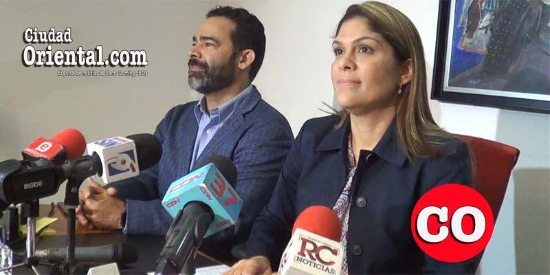 Henry Báez García y Jenifer Cabrera, ejecutivos de DigiWorld