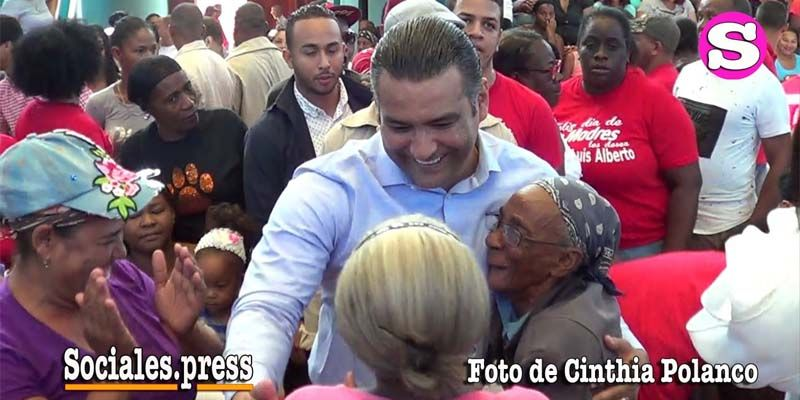 Luis Alberto Tejeda celebra en grande hoy y mañana el Día de las Madres