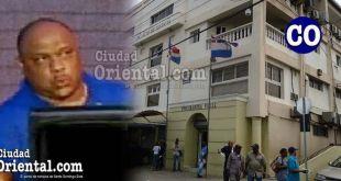 """El ex mayor Cristian Gómez Féliz (a) """"Cristian Ojo""""/ Palacio de Justicia (Ilustración de Ciudad Oriental)."""