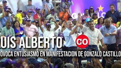 Photo of Con su carisma, Luis Alberto hace estremecer el pabellón de Balonmano en el Parque del Este + Vídeo
