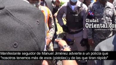 """Photo of Vídeo exclusivo: momento en que un seguidor de Manuel Jiménez advierte a un policía que ellos tienen más armas … """"de las que tiran rápido"""""""