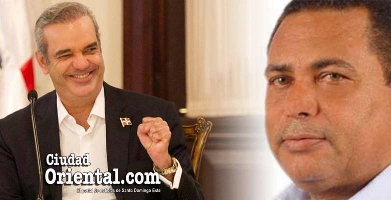 Luis Abinader (i) y Waldys Taveras