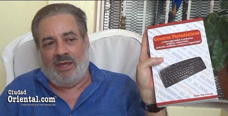 Photo of Danilo Cruz Pichardo pone en circulación obra enseña a escribir noticias, artículos de opinión y otros géneros