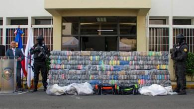 Photo of Autoridades ocupan 673 paquetes presumiblemente cocaína en Puerto Multimodal Caucedo