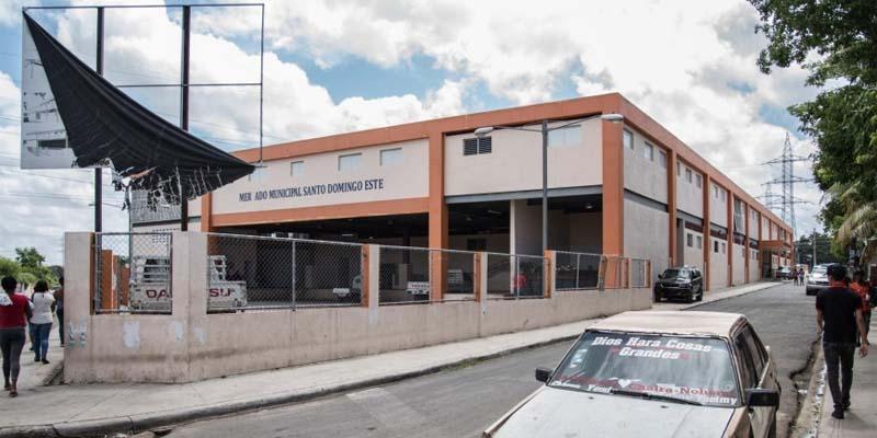 Mercado municipal de El Almirante, SDE