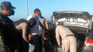 Photo of Policía ocupa armas, dinero y prendas en operativos durante el fin de semana