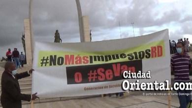 """Photo of Aquí la esencia de la protesta en la Plaza de la Bandera, que algunos en el PRM tacharon de """"sedición"""" + Vídeo"""
