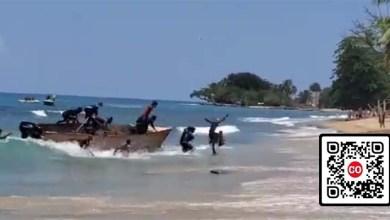 Dominicanos llegando a una playa de Puerto rico/ captura de pantalla