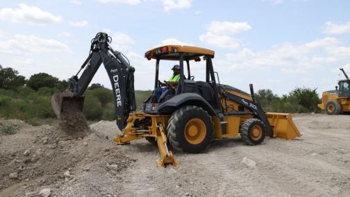 Hoe - Construction Equipment