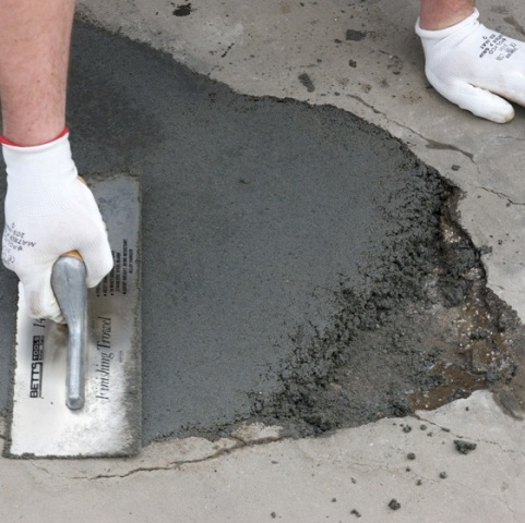curing of repaired concrete works
