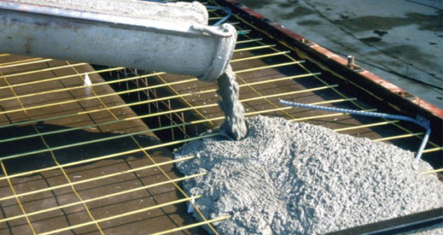 Effect of hot and cold weather on concrete