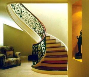 Half turn Geometrical Stair