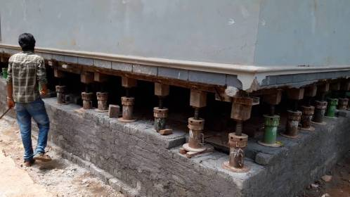 hydraulic jacks during structure relocation