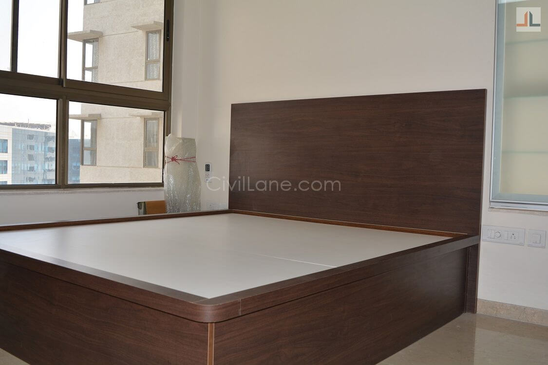 Top Lifting Hydraulic Bed King Size Powai 2019