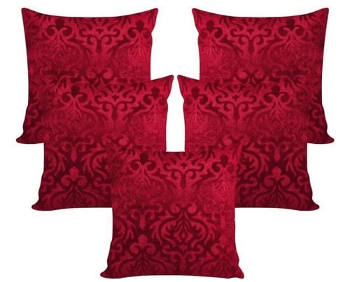Maroon velvet cushion set