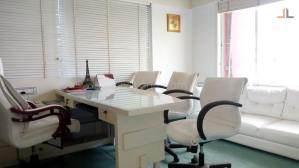 Small Office Space Interior Design Malad Mumbai (6)
