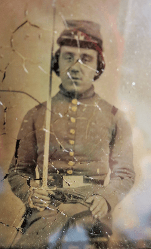 photo of a civil war soldier