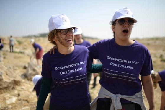 Singing at Sumud: Freedom Camp