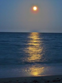 Full Moon in Aquarius over the Atlantic