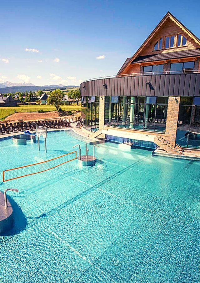 Zdjęcie przedstawia basen w Chochołowie