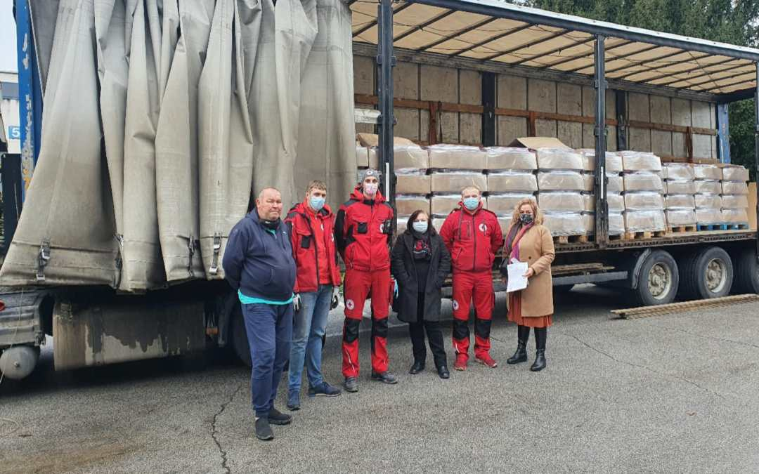 The Embassy of the Republic of Bulgaria in the Republic of Croatia donated 18,900 L of water for the victims of the earthquake!