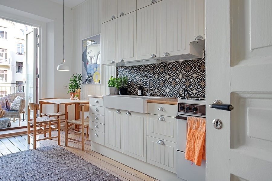 Cocinas Pequenas Con Muebles Blancos.Mejor Remodelacion De La Cocina De Los Angeles
