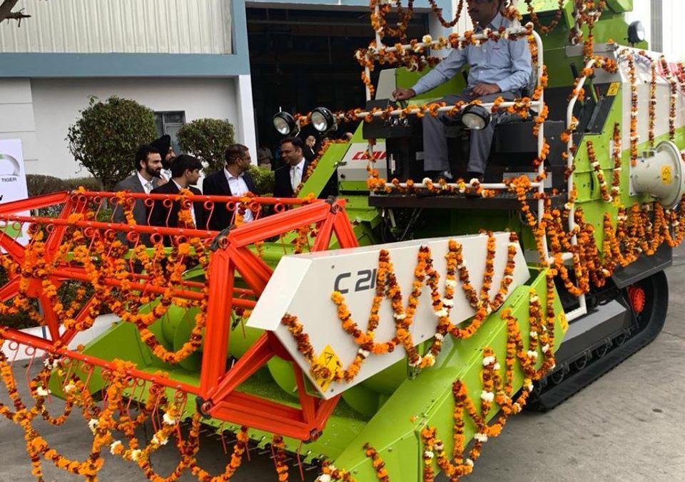 CLAAS India viert de productie van de 10.000ste CROP TIGER