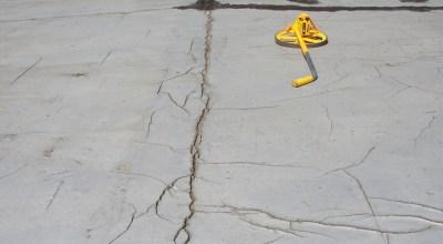 Large cracks in asphalt