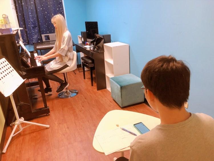 小朝老師歌唱課程剪影