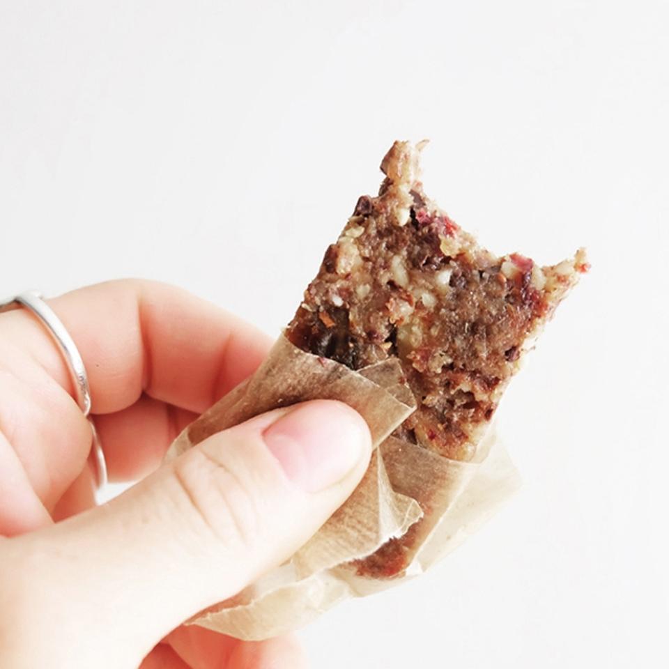 Recette facile et saine de barres de céréales crues maison