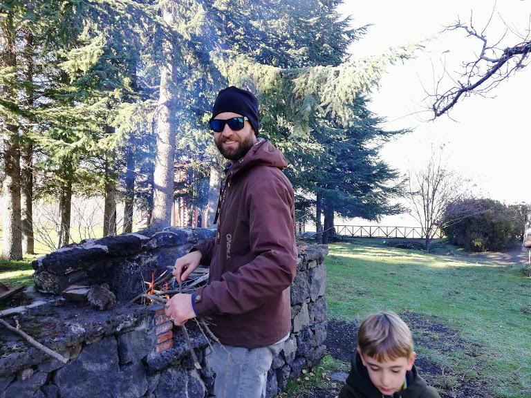 picnic in famiglia sull'Etna