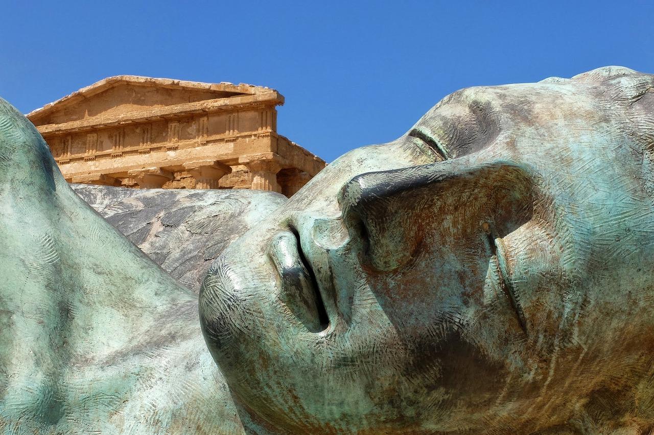 statua alla valle dei templi
