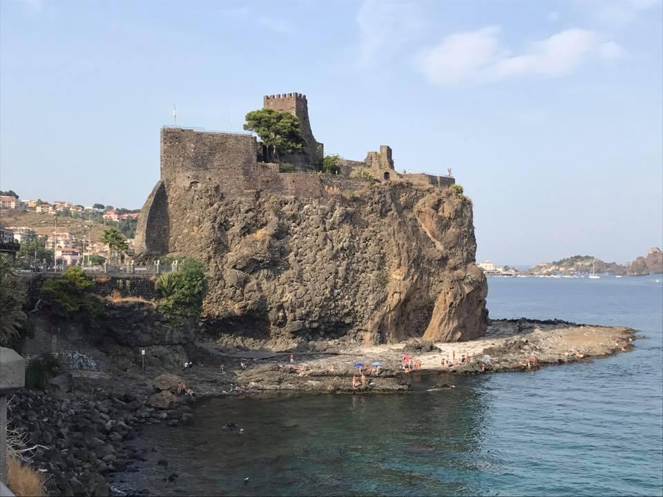castello normanno di Aci Castello