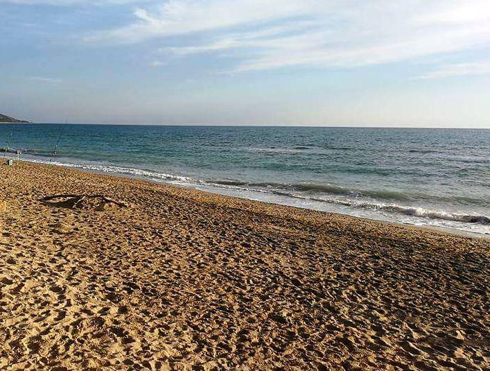 spiaggaia di Eraclea Minoa una delle migliori spiagge per bambini in Sicilia