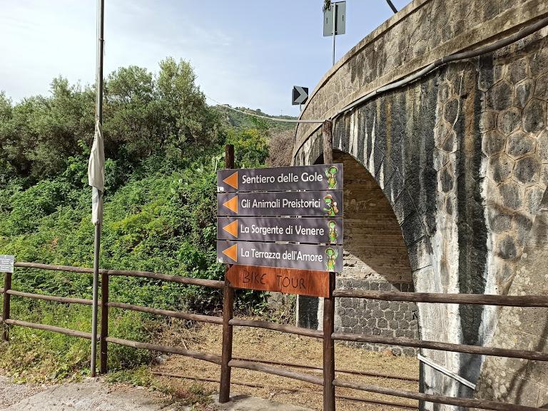 ingresso parco gole dell'alcantara