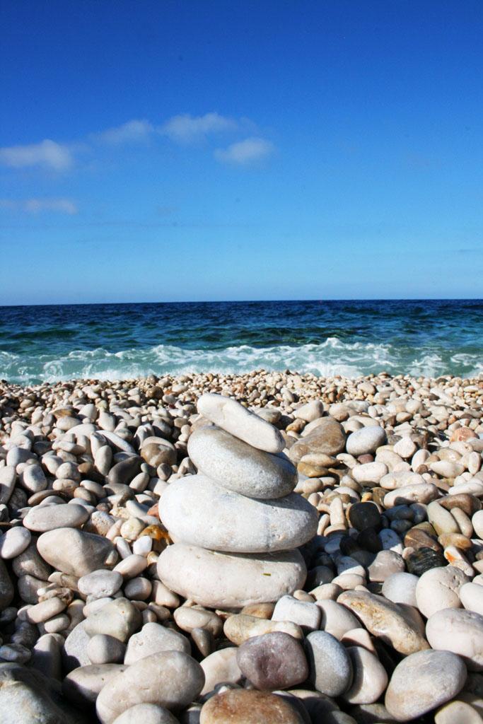 spiaggia di ciottoli alla riserva dello zingaro