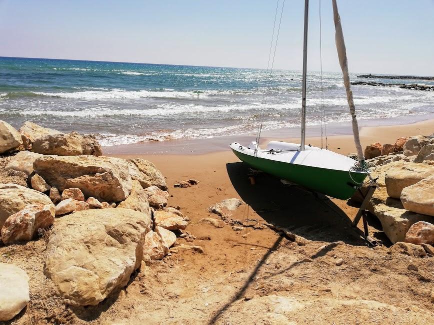 accesso spiaggia da una casa a donnalucata