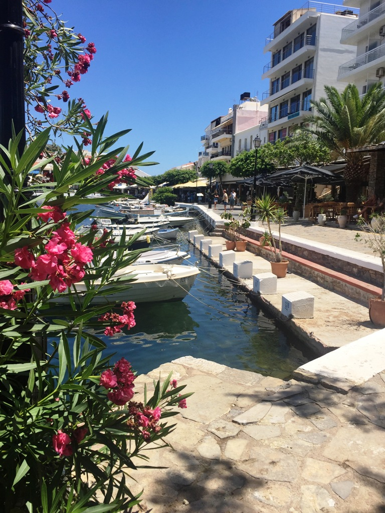 Creta con i bambini-agios_nikolaos